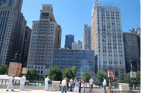 MILLENNIUM PARK-AT&T Plaza-WEB