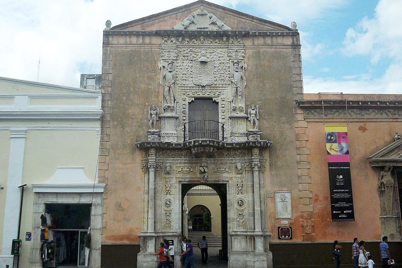 MEXICO TRAVEL-MERIDA-02