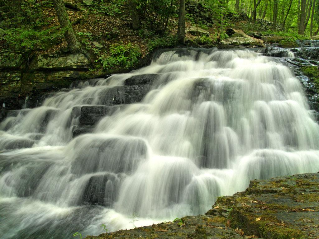 bushkill-falls-02